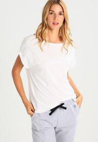 Short Stories - GREY MATTERS  - Camiseta de pijama - white pebble - 0