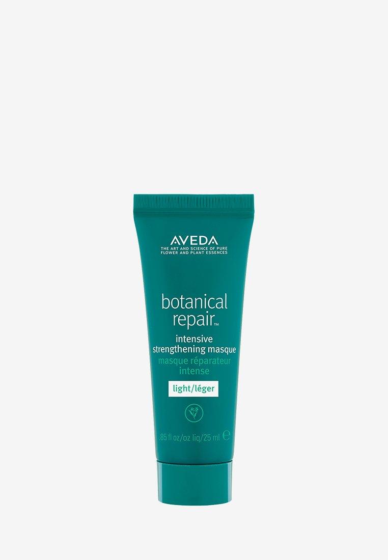 Aveda - BOTANICAL REPAIR™ INTENSIVE STRENGTHENING MASQUE LIGHT - Hair mask - -
