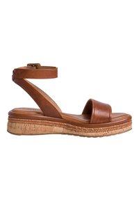 Tamaris - Platform sandals - nut leather - 4
