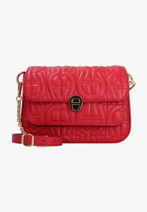 GENOVEVA  - Across body bag - velvet cake red