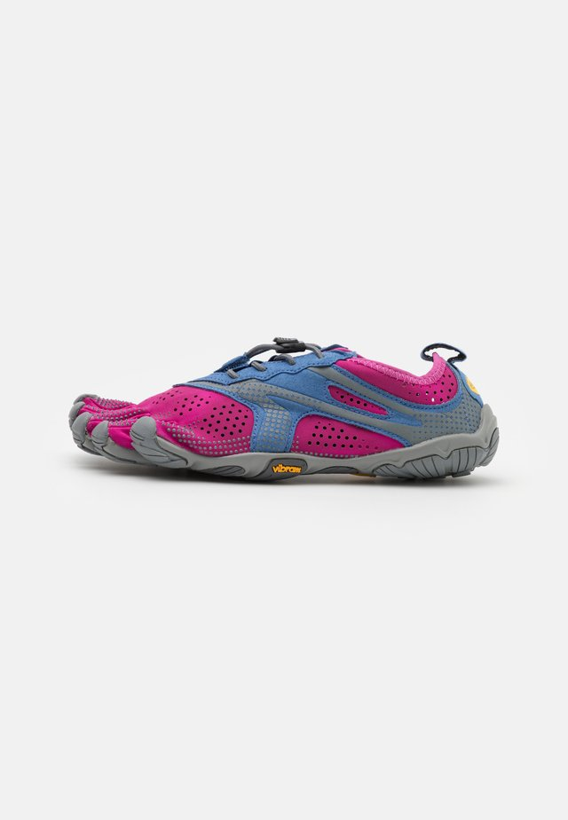 V-RUN - Minimalist running shoes - fuchsia/blue