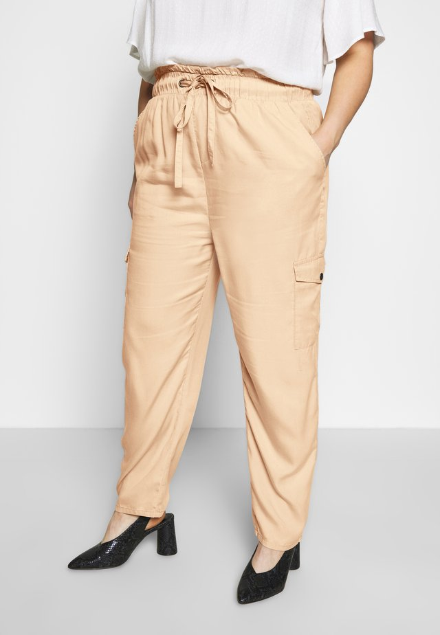 CARSTELLO LIFE  PANT - Trousers - ginger root