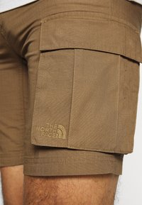 The North Face - ANTICLINE CARGO SHORT - Sports shorts - utility brown - 3