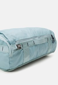 The North Face - BASE CAMP VOYAGER DUFFEL UNISEX - Sac à dos - tourmalineblu/aviatornavy - 2