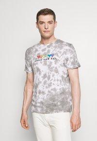 GAP - PRIDE - Print T-shirt - grey - 0