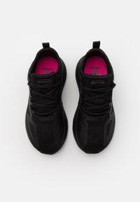 adidas Originals - ZX 2K UNISEX - Trainers - core black/shock pink - 3
