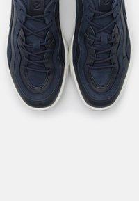 ECCO - CHUNKY  - Sneakersy niskie - blue - 3