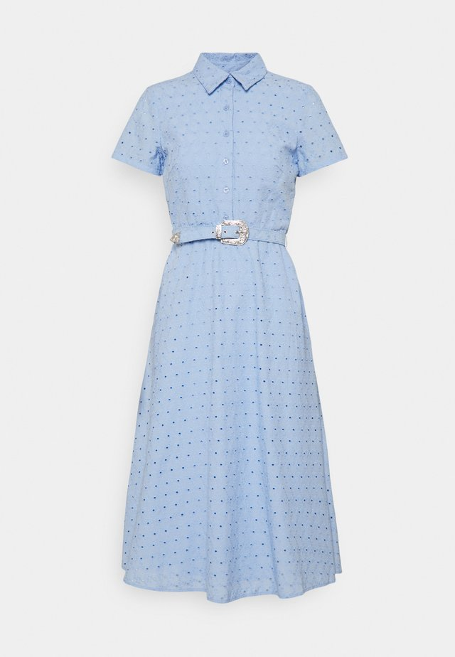 ROWEN SHORT SLEEVE DAY DRESS - Robe chemise - light sky blue