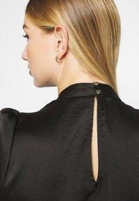 Miss Selfridge - HIGH NECK 3/4 SLEEVE BLOUSE - Langarmshirt - black - 6