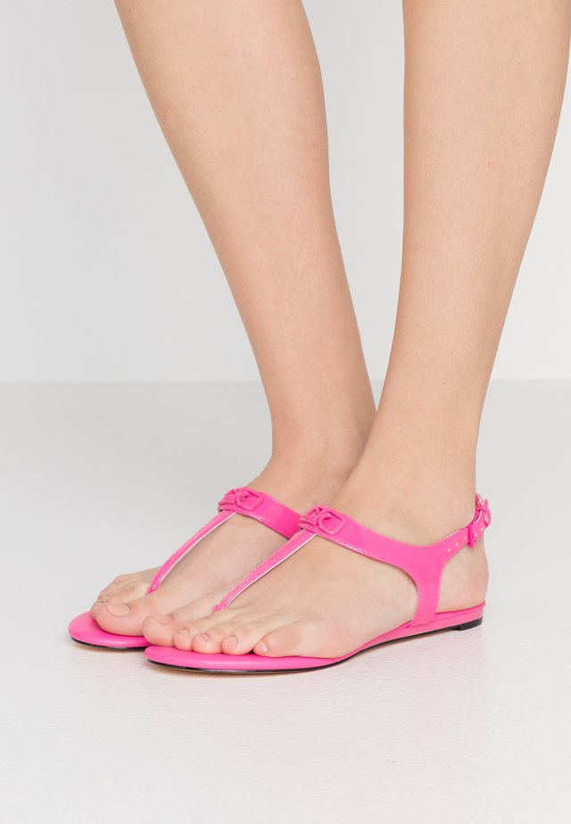 SHAMARY - Tongs - scuba pink