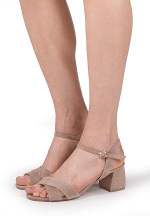 Sandals - skin
