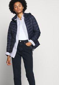 Barbour - FULMAR QUILT - Light jacket - navy - 4