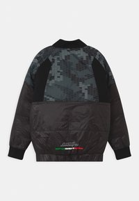 Automobili Lamborghini Kidswear - HEXAGON CAMOUFLAGE  - Kurtka zimowa - black pegaso - 1