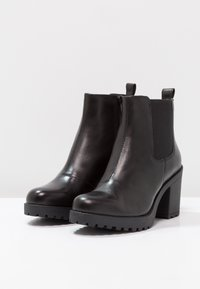 Vagabond - GRACE - Ankle boots - black - 3