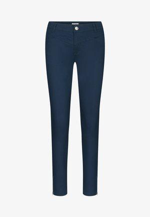 MIT ZIERREISSVERSCHLÜSSEN - Trousers - ink blue