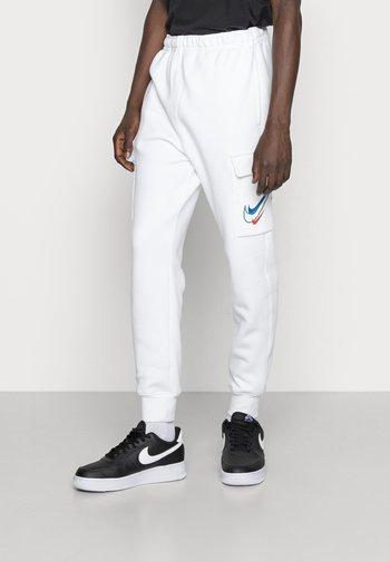 CARGO PANT - Pantaloni sportivi - white