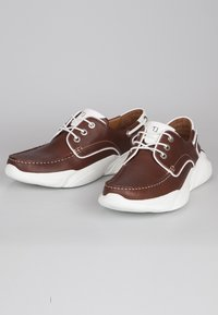 TJ Collection - Boat shoes - tan - 2