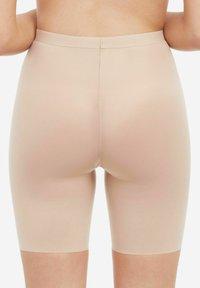 Spanx - Shapewear - soft nude - 1