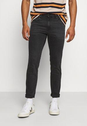 GREENSBORO - Straight leg jeans - black crow