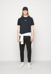 J.LINDEBERG - DAVIN - Print T-shirt - navy - 1