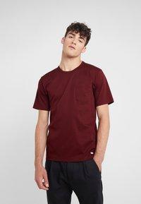 Tiger of Sweden - DIDELOT - T-shirt basic - regal red - 0