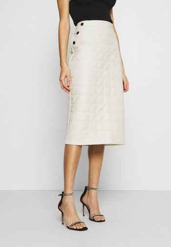 QUILTED MIDI