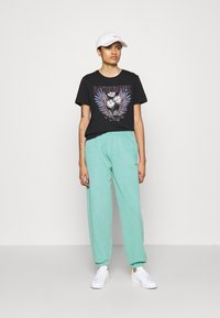 BDG Urban Outfitters - PANT - Tracksuit bottoms - mint - 1