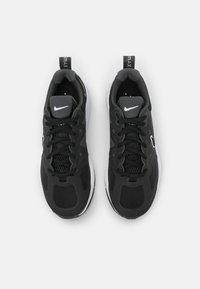Nike Sportswear - AIR MAX GENOME - Trainers - black/anthracite/white - 5