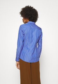 Tommy Hilfiger - SONYA - Button-down blouse - blue/white - 2