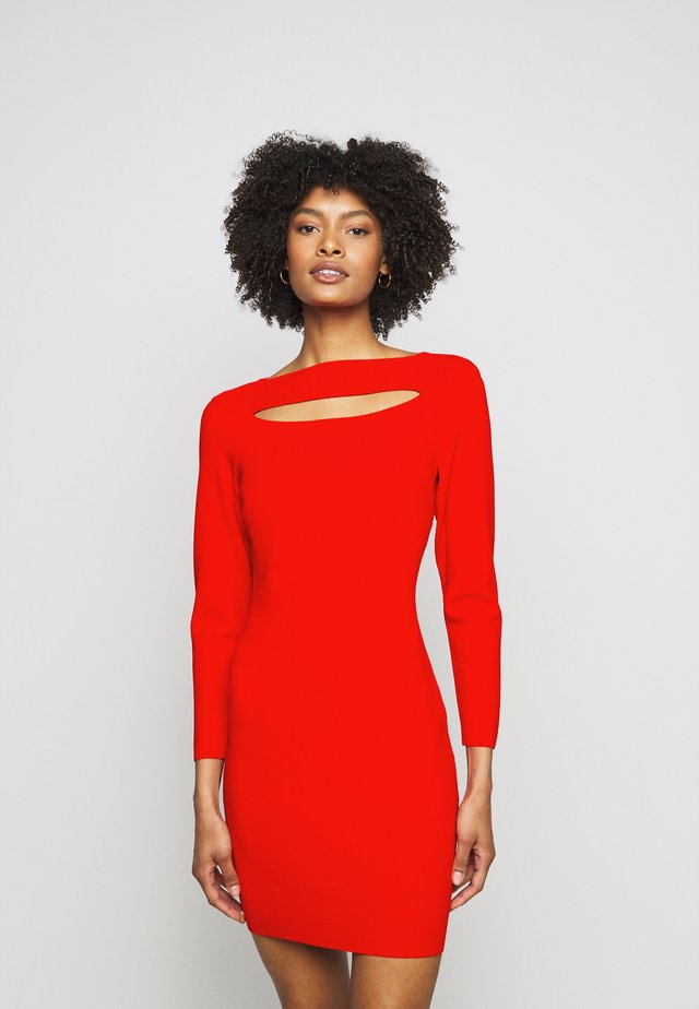 CUTOUT FRONT FITTED DRESS - Etui-jurk - tomato