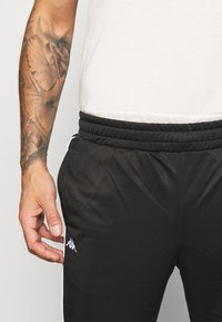 Kappa - GILLIP - Pantalones deportivos - caviar - 4