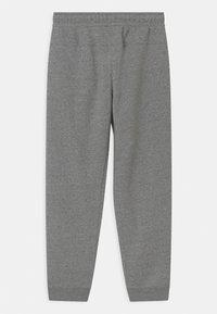 Nike Sportswear - REGRIND UNISEX - Verryttelyhousut - black/dark smoke grey - 1