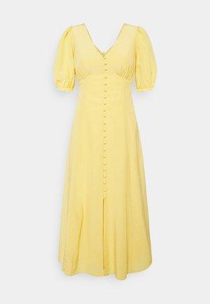 BELLE PETITE PUFF SLEEVE MIDI DRESS - Koktejlové šaty/ šaty na párty - soft mango
