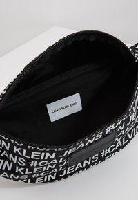 Calvin Klein Jeans - SPORT ESSENTIALS  - Heuptas - black - 4