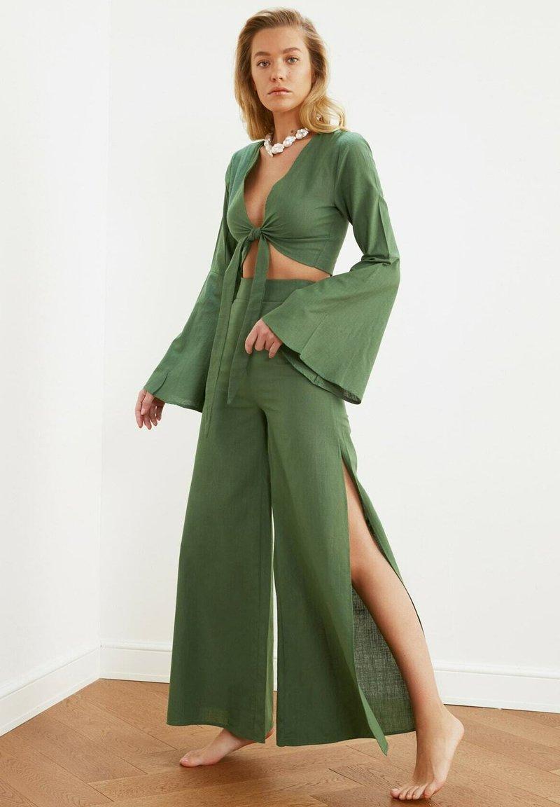 Trendyol - SET - Trousers - green
