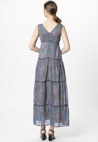 Apart - DRESS WITH VOLANTS - Maksimekko - petrol/multicolor - 2