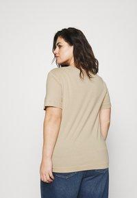 Selected Femme Curve - SLFANDARD NECK TEE - Jednoduché triko - white pepper - 2