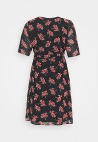 Missguided Plus - DITSY WRAP OVER DRESS - Vestido informal - black - 1