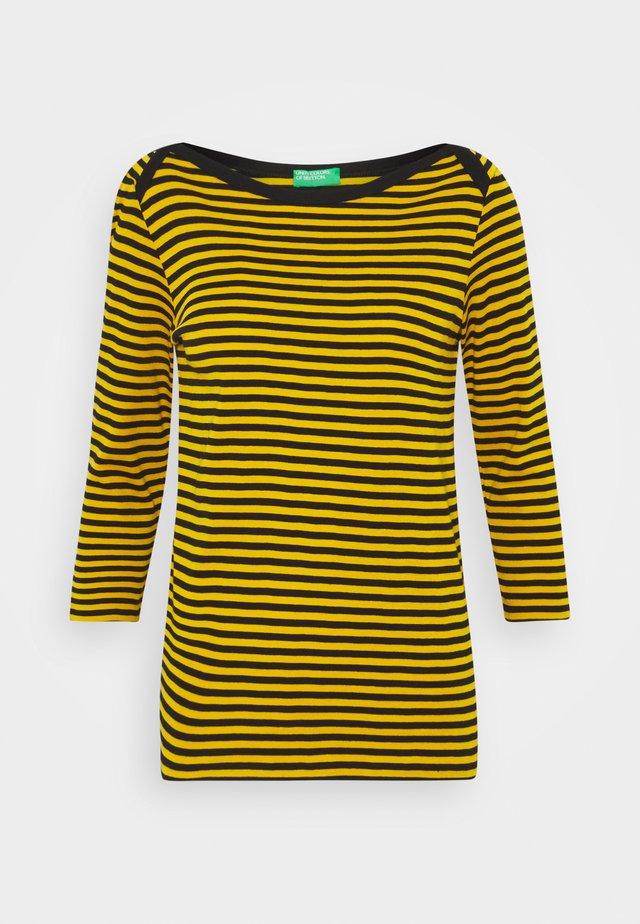 Langærmede T-shirts - yellow