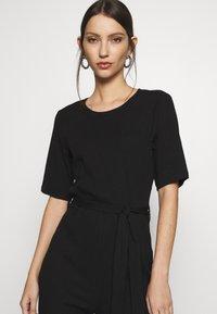 Even&Odd - BASIC - Ribbed short sleeves belted jumpsuit - Jumpsuit - black - 4