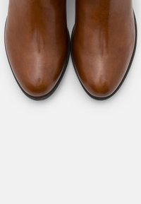 Steven New York - DUSTIN - Kotníkové boty - cognac - 5