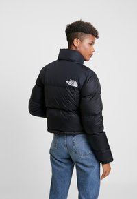 The North Face - NUPTSE CROP - Dunjakke - black - 2