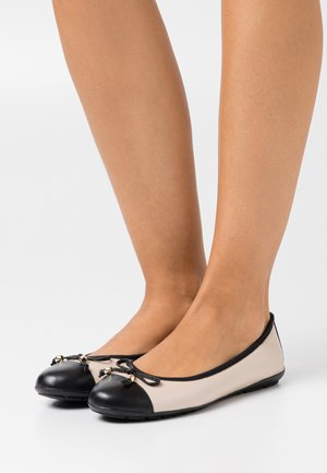 Ballet pumps - beige/black