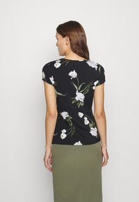 Ted Baker - OLIEE - Print T-shirt - black - 2
