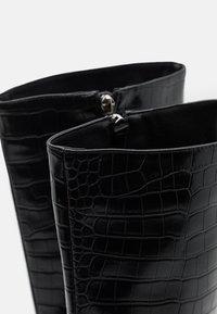 RAID - CELENI - Kozačky na vysokém podpatku - black - 5