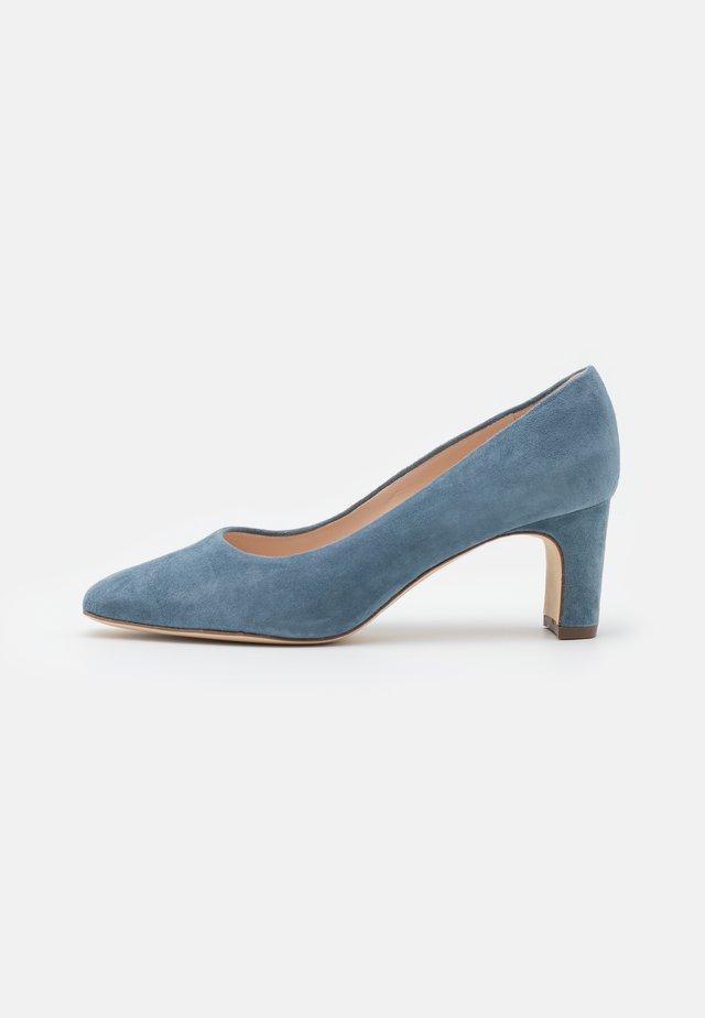 CINCINATI - Classic heels - jeans