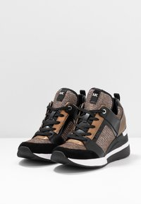 MICHAEL Michael Kors - GEORGIE TRAINER - Zapatillas - bronze - 4