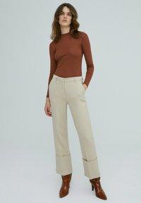 EDITED - AZALEA - Long sleeved top - braun - 1