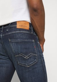 Replay - ANBASS AGED - Jeans slim fit - dark blue - 4