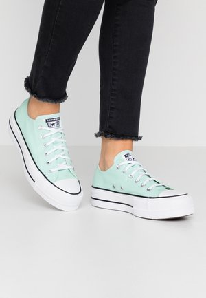 CHUCK TAYLOR ALL STAR LIFT SEASONAL - Matalavartiset tennarit - ocean mint/white/black